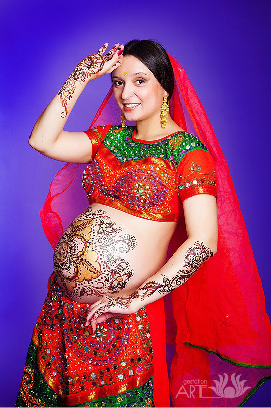 беременный бодиарт